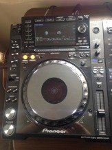 2 x PIONEER CDJ-2000 Nexus and 1 x DJM-2000 Nexus DJ MIXER    for just  $2700USD